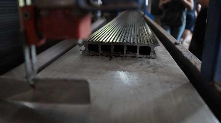 Производство террасной доски из ДПК